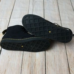 Dr. Martens Shoes - Dr Martens canvas shoreditch black boots